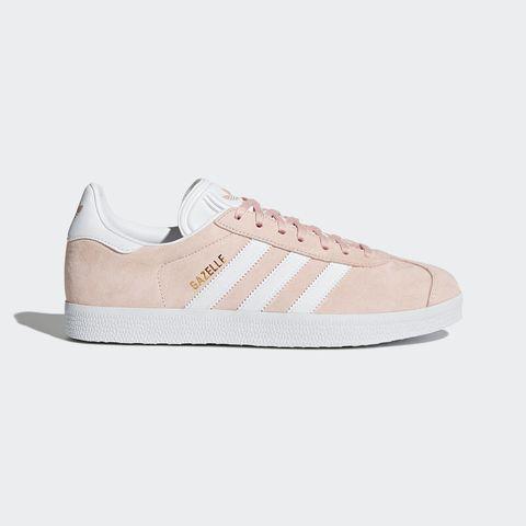 Footwear, White, Shoe, Sneakers, Beige, Product, Walking shoe, Outdoor shoe, Plimsoll shoe, Athletic shoe,