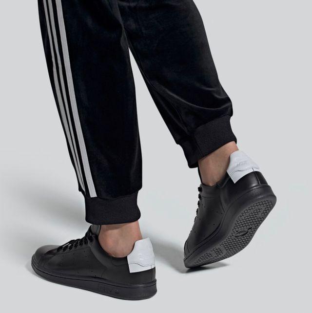 Shoe, Footwear, Black, Sneakers, Fashion, Plimsoll shoe, Sportswear, Outdoor shoe, Walking shoe, Athletic shoe,