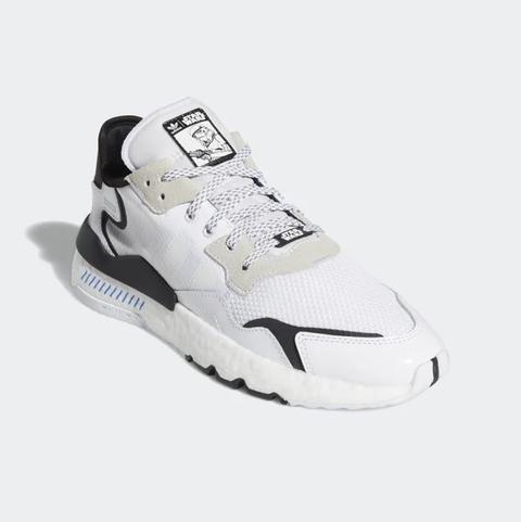 Shoe, Footwear, White, Sneakers, Walking shoe, Product, Outdoor shoe, Athletic shoe, Cross training shoe, Sportswear,