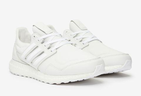 Shoe, Footwear, White, Sneakers, Product, Walking shoe, Plimsoll shoe, Athletic shoe, Outdoor shoe, Sportswear,
