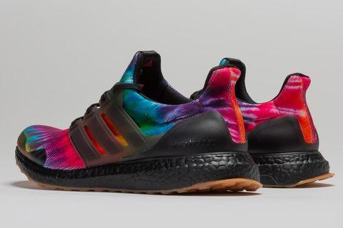 Footwear, Shoe, Sportswear, Product, Sneakers, Turquoise, Purple, Magenta, Outdoor shoe, Nike free,