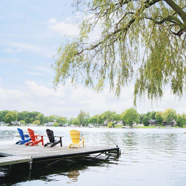 adirondack chairs by lake