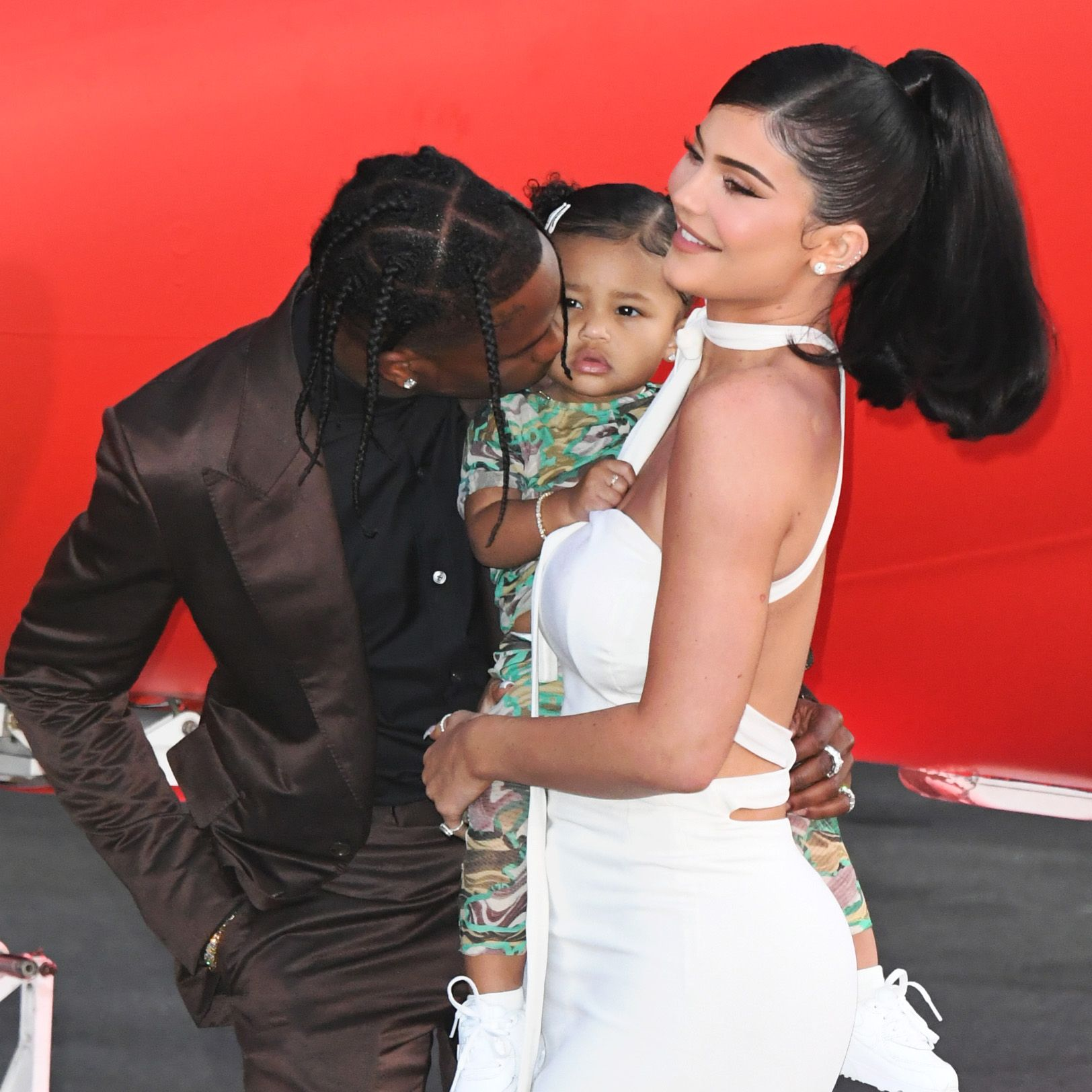 Kylie Jenner shares sweet picture with Travis Scott in the face of split rumours