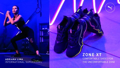 Footwear, Purple, Electric blue, Performance, Violet, Shoe, Cobalt blue, High heels, Performing arts, Leg,