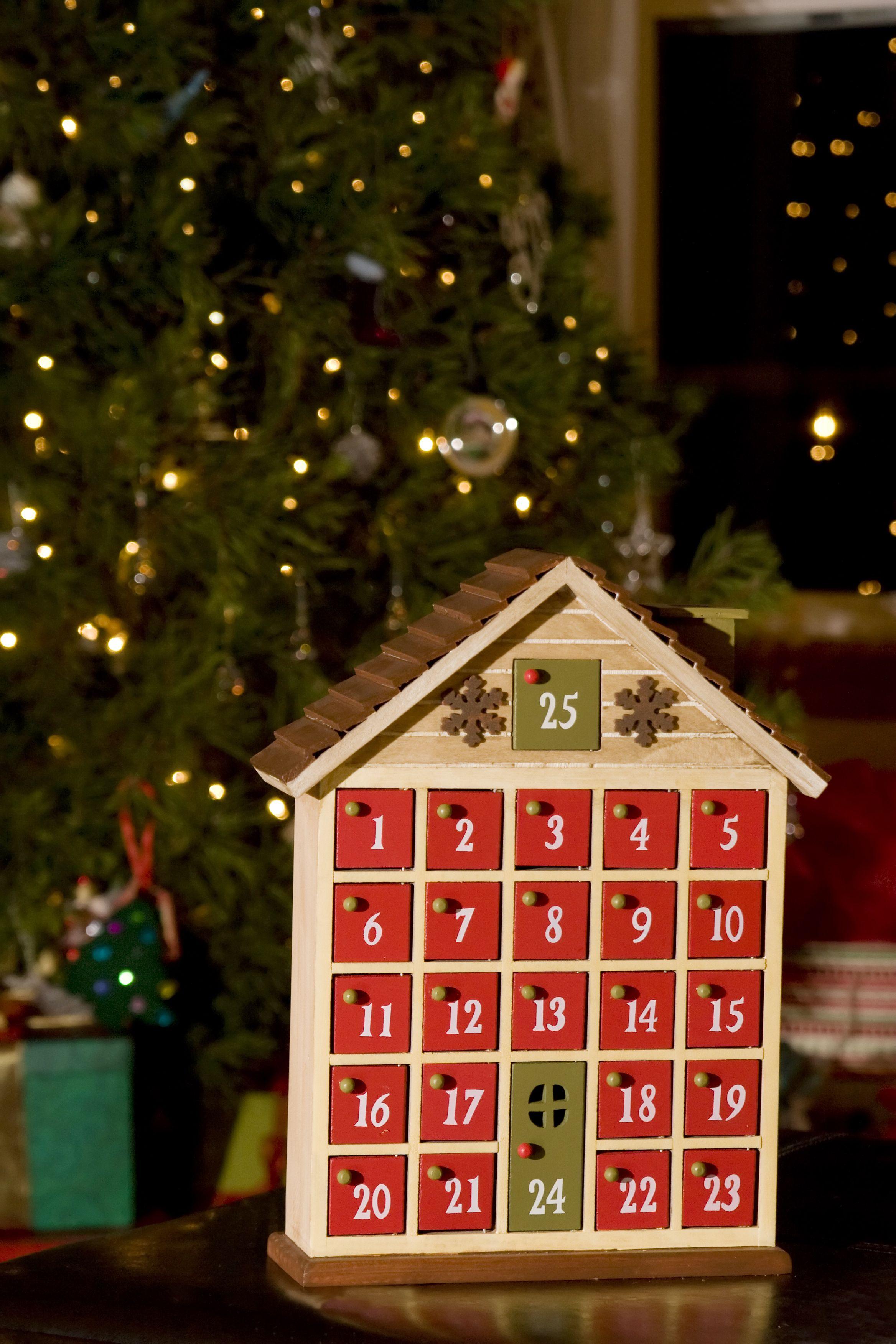 christmas traditions advent calendar