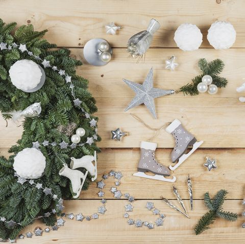 advent wreath decoration items, self made advent wreath with real fir tree green, diy, glitter deer, snow ball candles, skates, birds, christmas baubles, vintage icicles, wire, stars, scissors, fir cone