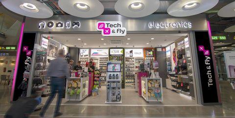 tech & fly tiendas aeropuerto aena tecnología