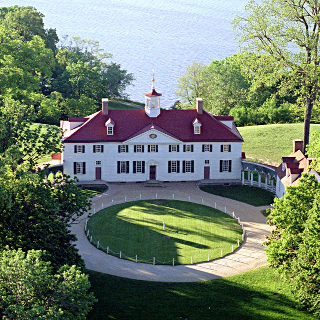 Estate, Property, House, Natural landscape, Home, Building, Tree, Cottage, Manor house, Mansion,