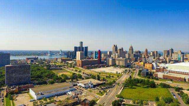 aerial panoramic view of detroit downtown michigan
