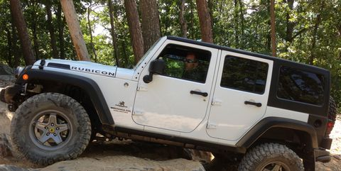 Land vehicle, Vehicle, Tire, Car, Automotive tire, Off-roading, Jeep, Off-road vehicle, Wheel, Bumper,
