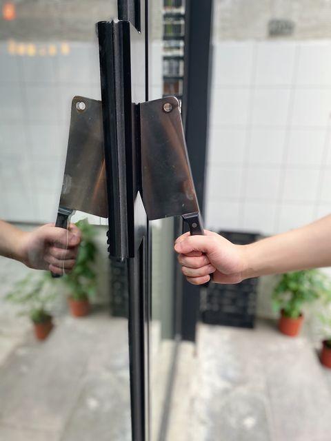 信義區黑白色系質感漢堡店butcher by lanpengyou