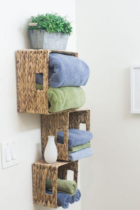 Shelf, Shelving, Product, Wall, Furniture, Room, Textile, Towel, Linens, Wood,