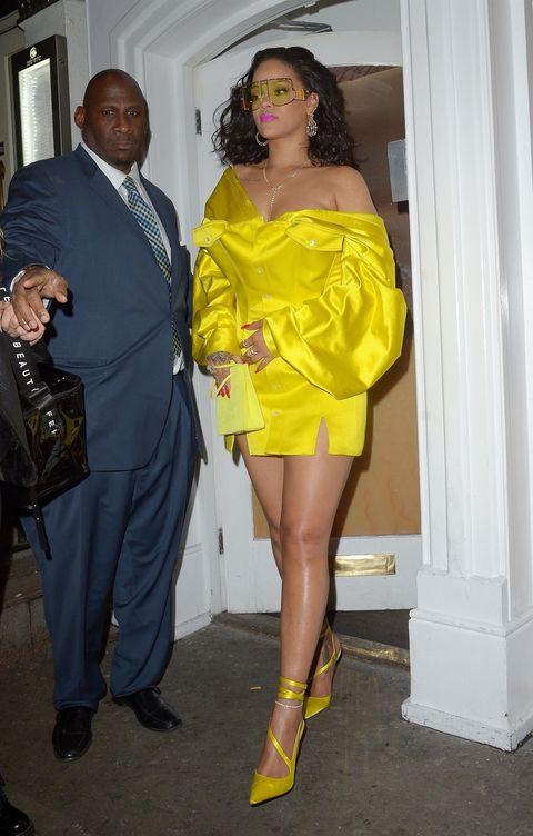 Yellow, Clothing, Leg, Shoulder, Fashion, Thigh, Footwear, Cocktail dress, Fashion design, Outerwear,