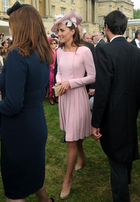 キャサリン妃のガーデンパーティファッション