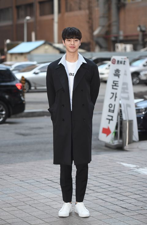 actor song kang attends the wrap up party of tvn drama 'man in the kitchen' at a restaurant in yeoido, seoul on march 9th photoosen