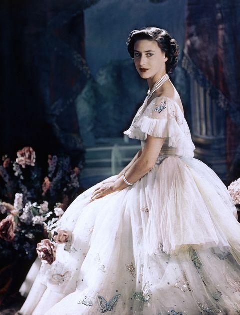 Dress, Clothing, Wedding dress, Fashion, Fashion model, Gown, Beauty, Victorian fashion, Bridal clothing, Hairstyle,