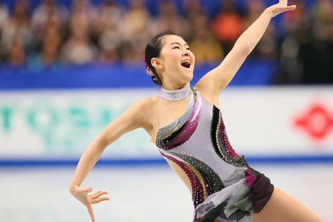 12月24日から開催中の全日本フィギュアスケート選手権。村上佳菜子さんが注目する選手とは? 大会の思い出も語っていただきました。