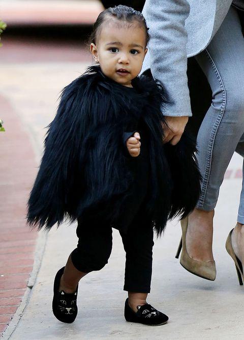 Child, Fashion, Outerwear, Toddler, Footwear, Black hair, Leg, Fur, Shoe, Tights,