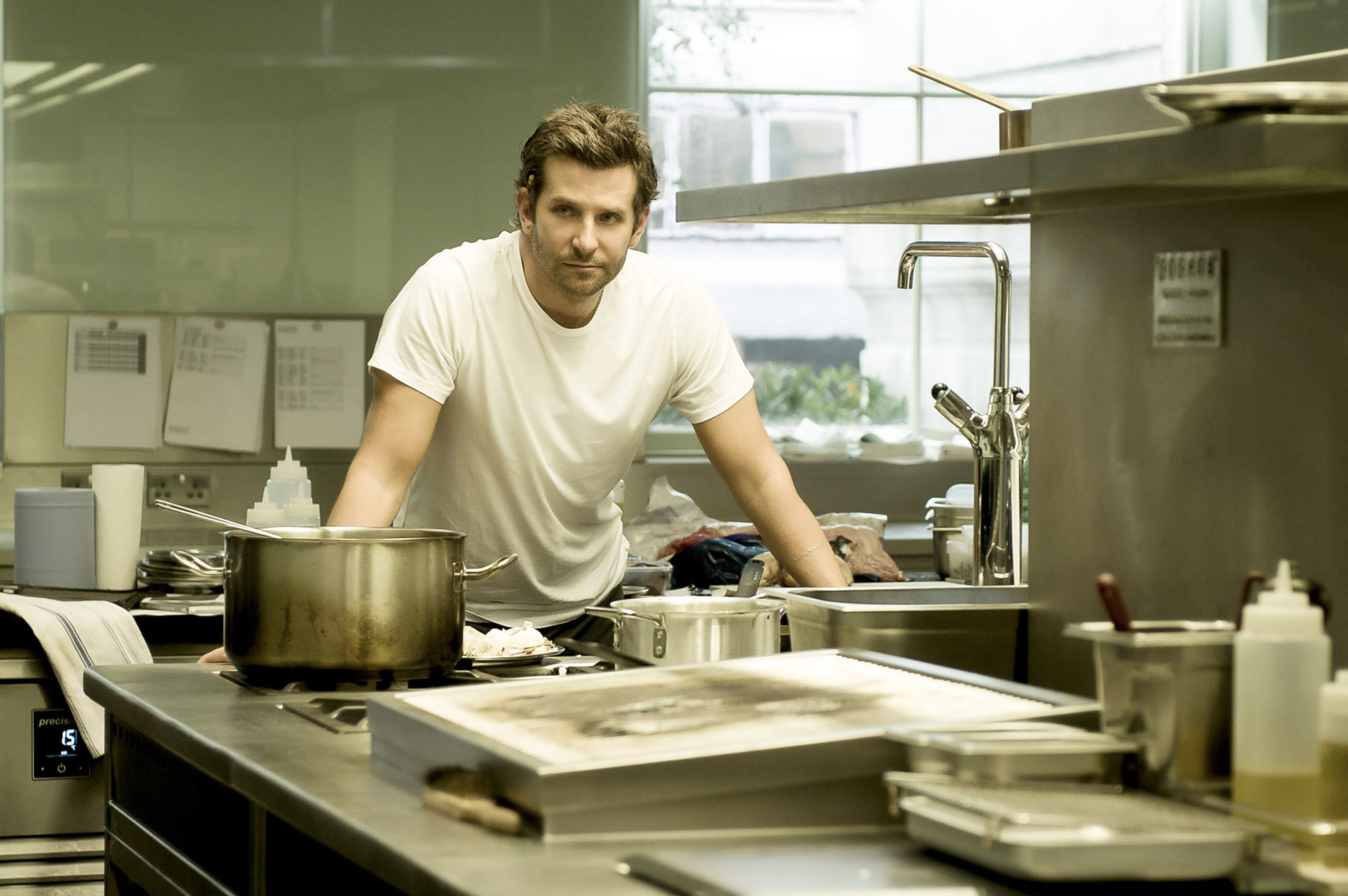 BURNT, Bradley Cooper, 2015. ph: Alex Bailey / © The Weinstein Company / courtesy Everett Collection
