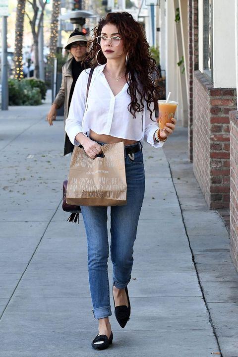 Jeans, Clothing, White, Street fashion, Denim, Shoulder, Fashion, Snapshot, Brown, Footwear,