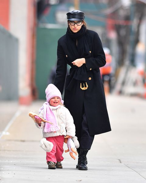 Outerwear, Hat, Street fashion, Baby & toddler clothing, Headgear, Goggles, Overcoat, Baby, Sun hat, Boot,