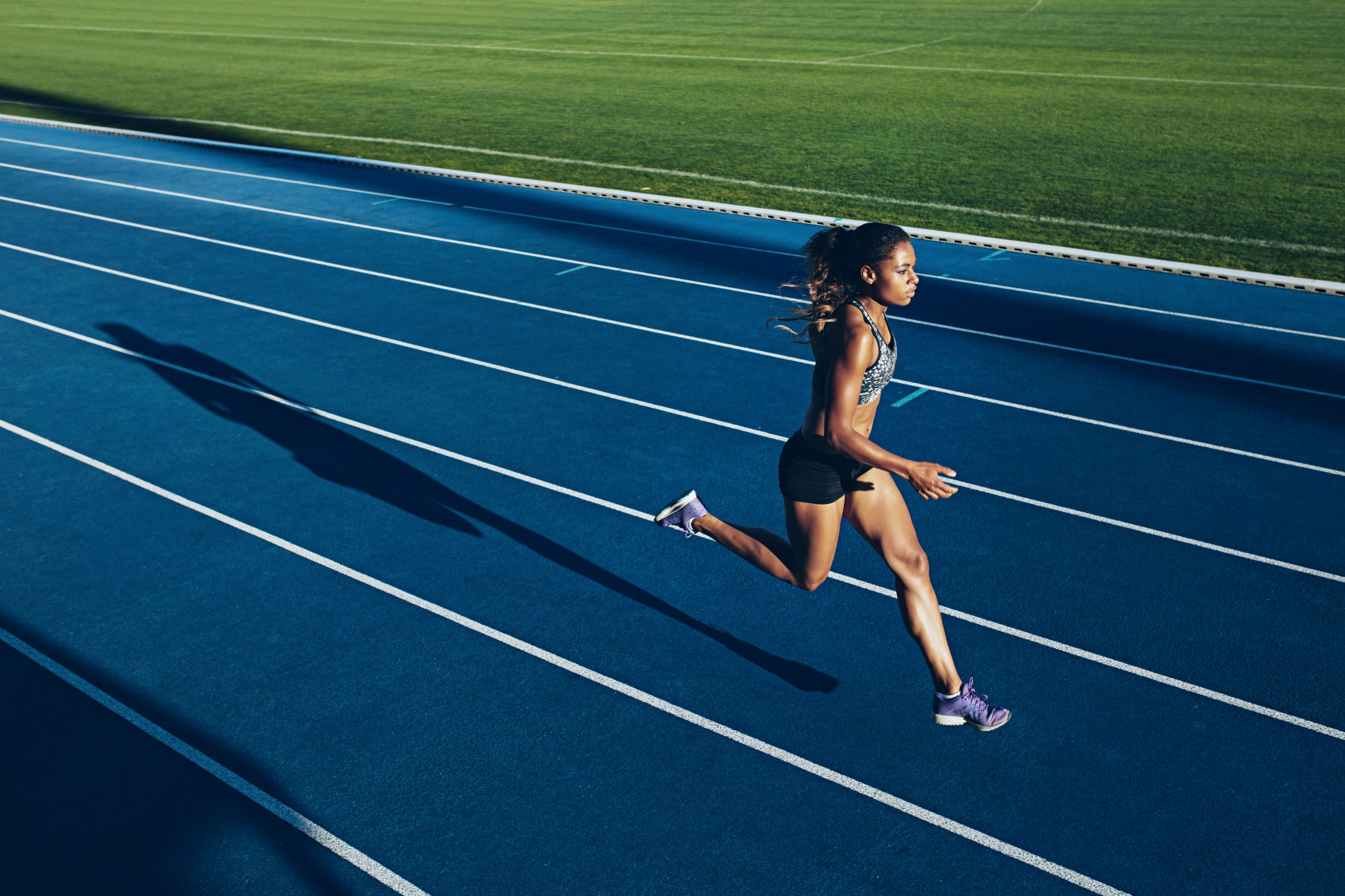 How to Sprint Faster - Sprinting Training f245ee53b82