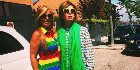 Street fashion, Fashion, Clothing, Eyewear, Green, Yellow, Cool, Sunglasses, Turquoise, Footwear,