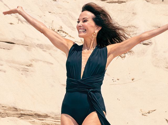 5b88f84e7c0 Susan Lucci Poses Unretouched at 71 And Reveals How She Stays ...