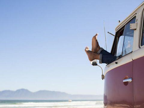 Coastal and oceanic landforms, Vehicle door, Automotive exterior, Fender, Ocean, Horizon, Travel, Windshield, Sea, Coast,