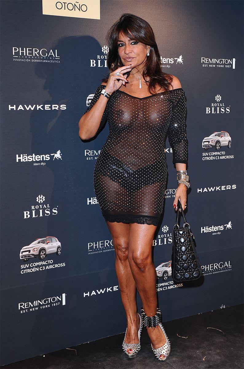 Aida Nizar Desnuda aída nízar 'cuela' sus tetas al aire en la pasarela de moda