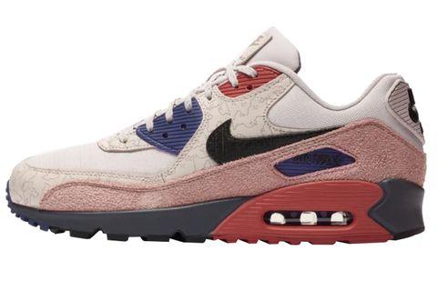 Shoe, Footwear, Outdoor shoe, White, Sneakers, Sportswear, Walking shoe, Running shoe, Product, Brown,