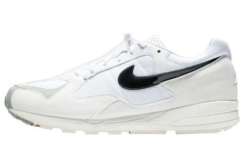 Shoe, Footwear, Outdoor shoe, White, Running shoe, Athletic shoe, Walking shoe, Black, Product, Cross training shoe,