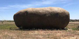 Bijzondere airbnb - je kunt nu overnachten in een gigantische nep-aardappel