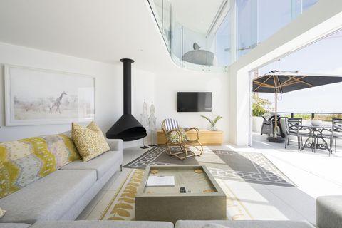airbnb survey amenities