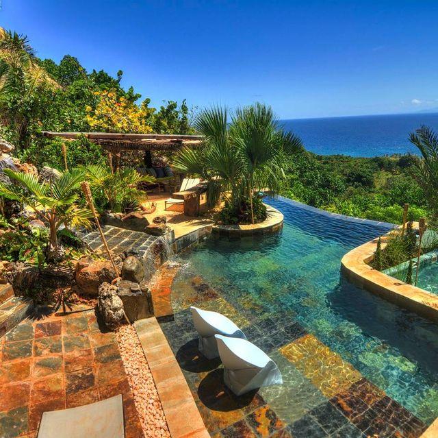 Swimming pool, Property, Natural landscape, Resort, Real estate, Estate, House, Building, Vacation, Villa,