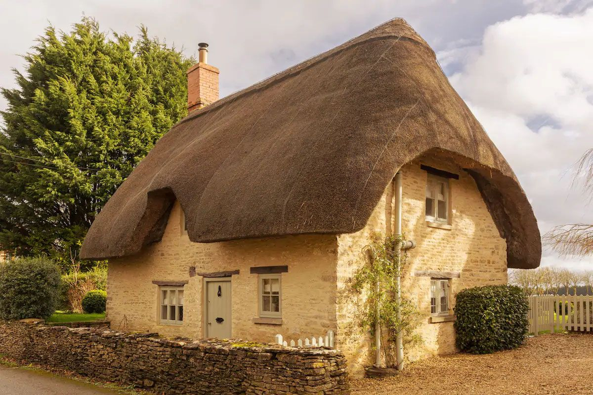 Airbnb Cotswolds 12 Prettiest Cottage Lodge And Cabin Airbnbs