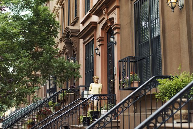 akemi kochiyama at her family brownstone that she's owned since the 1920s