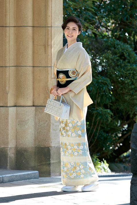 松嶋菜々子さんの枝垂桜の訪問着