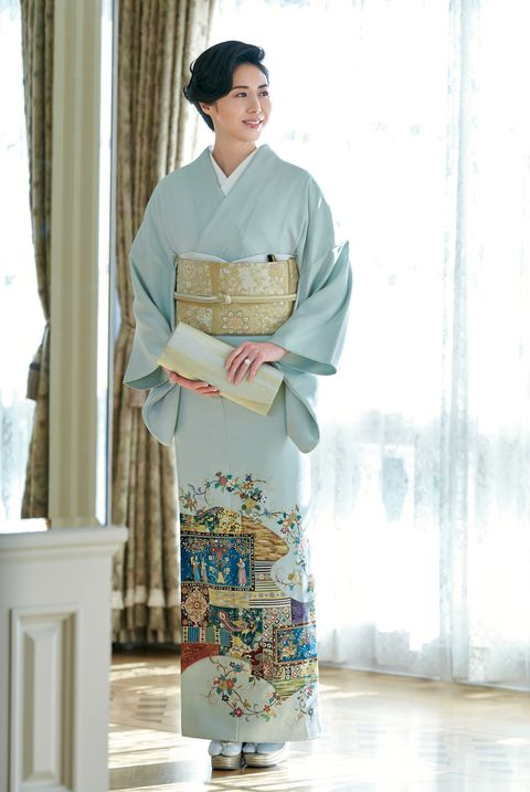 松嶋菜々子さんの色留袖の装い