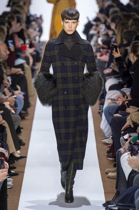 Fashion, Runway, Fashion model, Fashion show, Clothing, Human, Haute couture, Outerwear, Event, Design,