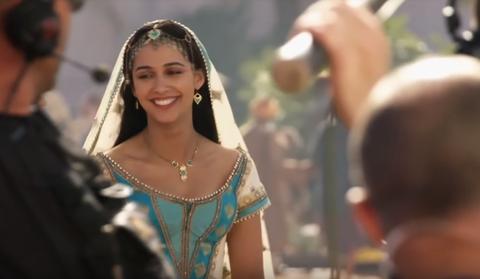 Aladdin S Naomi Scott Reveals Details About The Disney