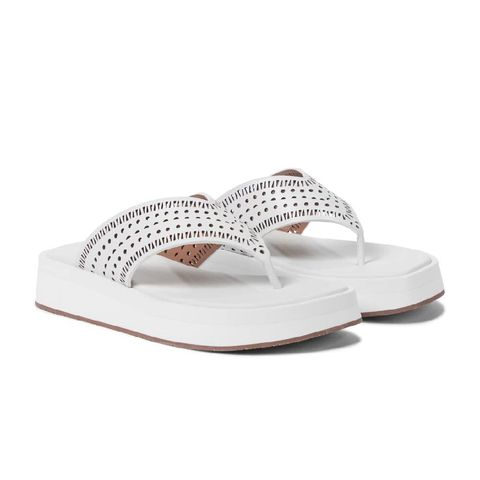 alaÏa laser cut leather thong sandals