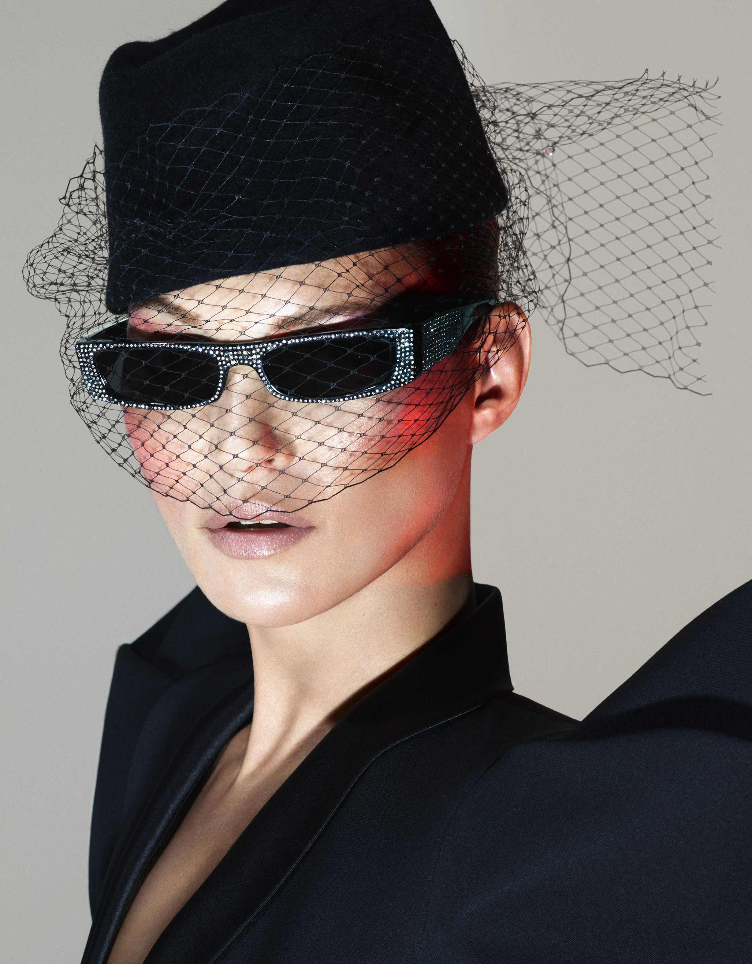 dde9ccb8 Kate Moss Stuns in Alain Mikli and Alexandre Vauthier's New Eyewear Collab