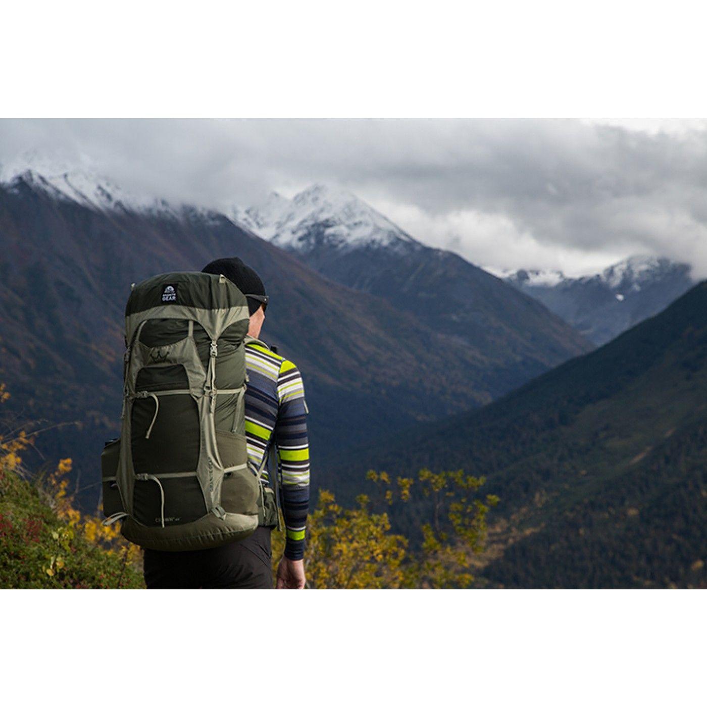 The 14 Best Hiking Backpacks for Outdoorsmen