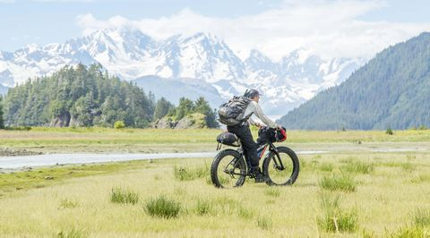 This Alaska Fat Biking Trip Proved That You Can Have Too Much Adventure