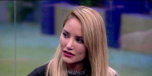 La respuesta de Alba Carrillo al tweet de belen esteban