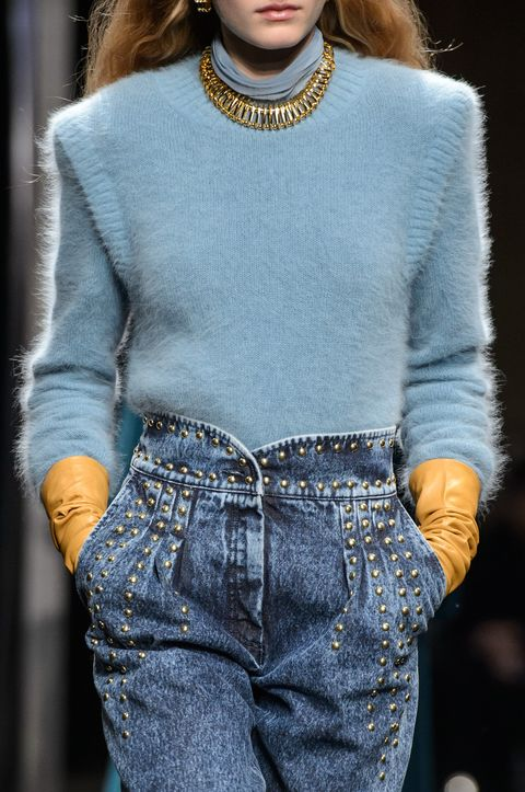 Clothing, Jeans, Denim, Fashion model, Fashion, Blue, Street fashion, Waist, Fashion show, Neck,