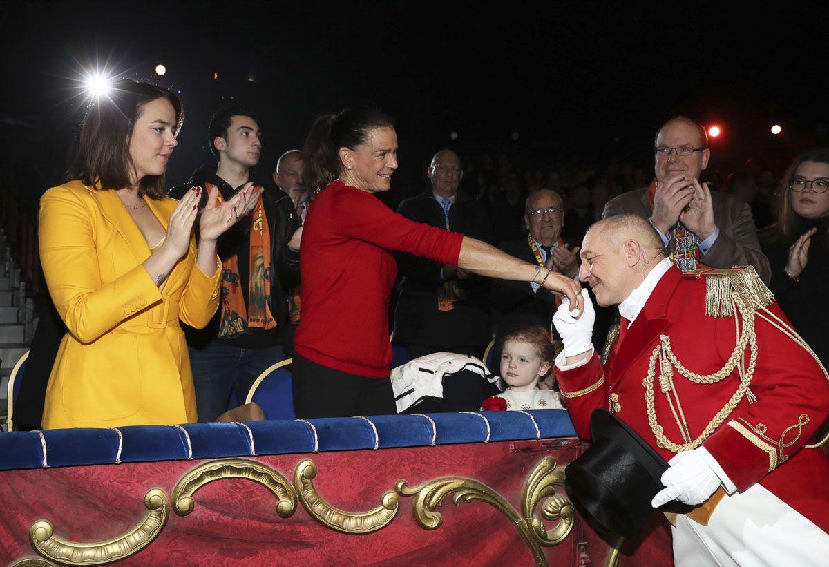 Alberto de Mónaco acude junto a sus hijos al circo
