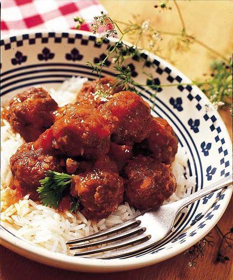 Dish, Food, Cuisine, Meatball, Ingredient, Kofta, Meat, Fried food, General tso's chicken, Produce,