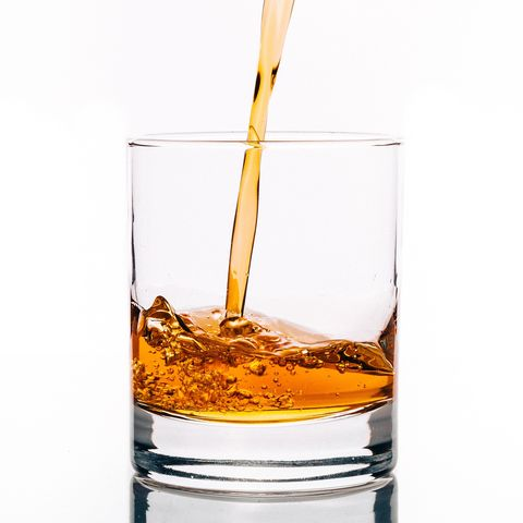 Drink, Liquid, Old fashioned glass, Glass, Alcoholic beverage, Old fashioned, Barware, Rusty nail, Alcohol, Distilled beverage,